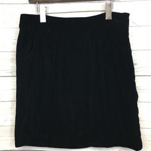 Gap lined black velvet skirt w/pockets 6